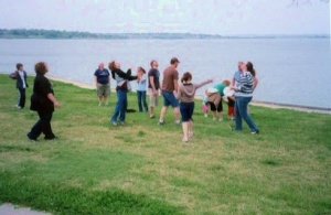 BBT Picnic 2009 Frolicking Lakeside with Summitt Friends